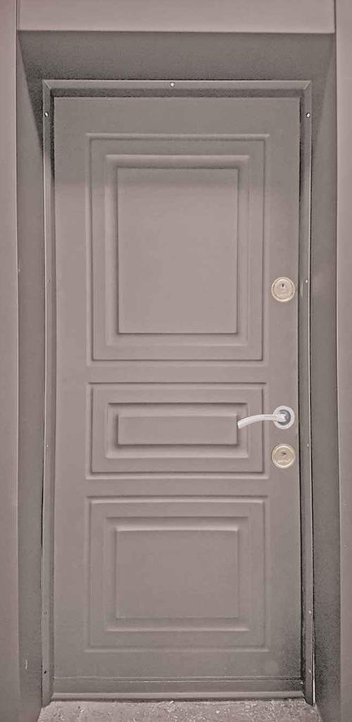 Входна врата за външни условия LP12 90 см. лява - кафява