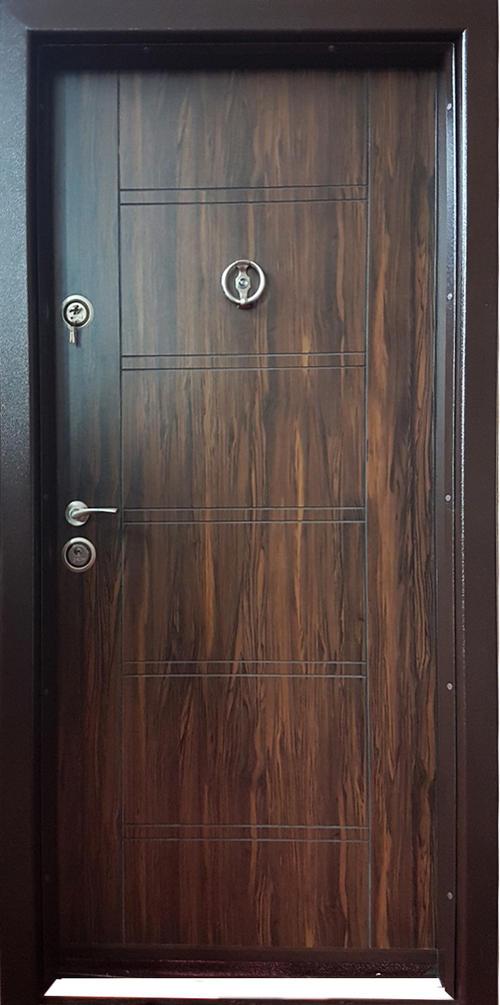 Входна врата метална F-002 с каса 180-230, лява