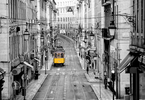 Фототапет Флиз Streets of Lisbon 366*254