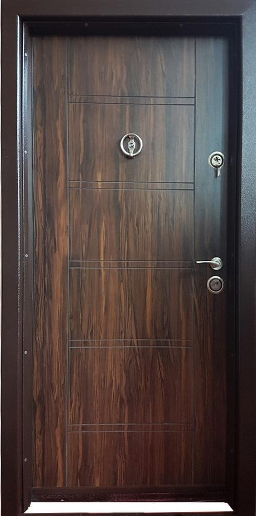 Входна врата метална F-002 с каса 180-230, дясна
